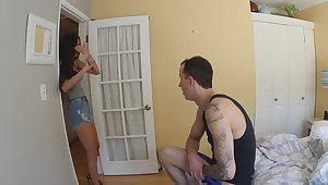Amateur gets her hands upstairs the stepbrother's dick